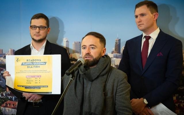 Od lewej: wiceprezydent Bydgoszczy Michał Sztybel, wiceprezydent Warszawy Michał Olszewski i wiceprezydent Gdańska Piotr Grzelak