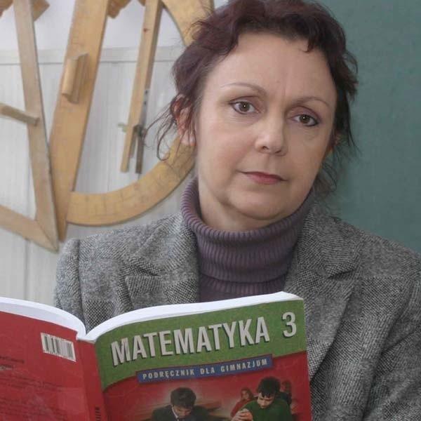 """Krystyna Prajsnar, nauczycielka matematyki w Gimnazjum nr 11 w Rzeszowie: poziom dzisiejszego testu jest dość """"wyśrubowany""""."""