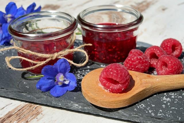 Tradycyjnie do słodkich przetworów dodaje się jedynie cukier, ale warto pomyśleć, jak wzbogacić lub zaostrzyć ich smak i aromat, wykorzystując dobrze znane przyprawy.