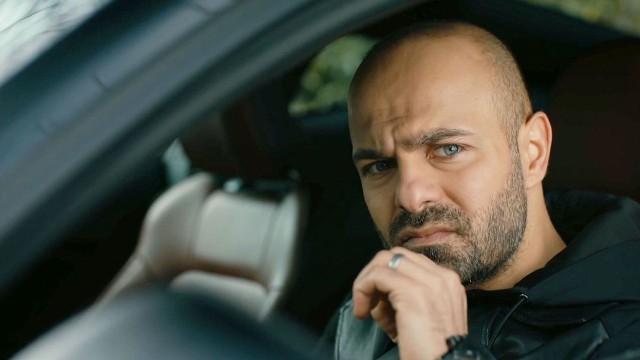 """""""Meandry uczuć"""" odcinek 61. Zrozpaczony i poniżony Korhan próbuje popełnić samobójstwo. Suhan wyznaje Szirin, ze jest w ciąży. Co jeszcze wydarzy się w 61. odcinku serialu """"Meandry uczuć""""?"""