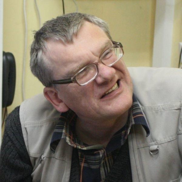 We wtorek na posiedzeniu zarządu kieleckiego okręgu Stowarzyszenia Księgarzy Polskich księgarze postanowili wykluczyć Grudzińskiego ze swego grona.