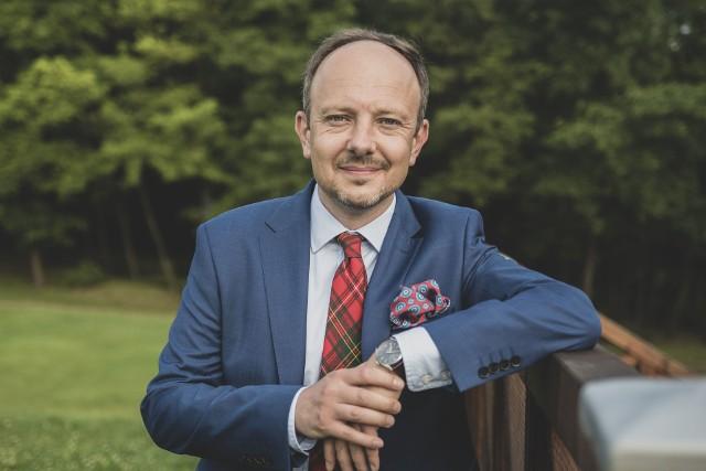 dr Bartłomiej J. Gabryś, naukowiec z Uniwersytetu Ekonomicznego w Katowicach.