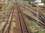Uwaga podróżni! Kolej planuje remonty. Będą utrudnienia w dojeździe do Warszawy