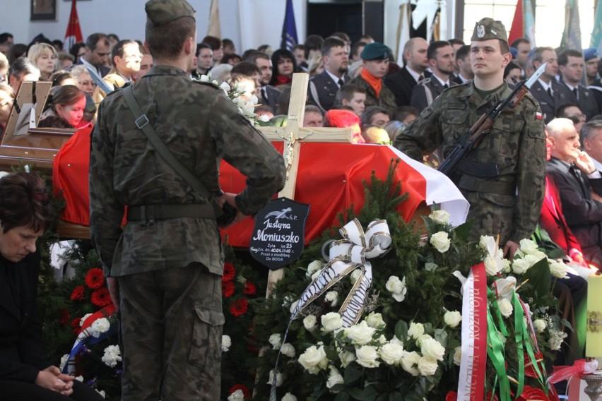 Justyna Moniuszko była stewardesą w 36. Specjalnym Pułku...