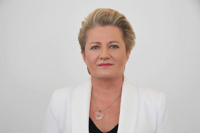 - Rosną koszty funkcjonowania instytucji, koszty zatrudnienia - wyliczała podczas poniedziałkowej sesji sejmiku radna KO Bożena Lisowska