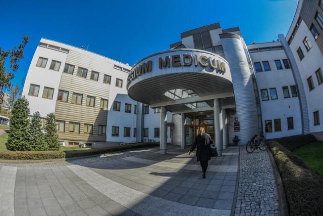 Studentki bydgoskiego Collegium Medicum UMK twierdzą, że były obrażane przez jedną z wykładowczyń z powodu strajku kobiet