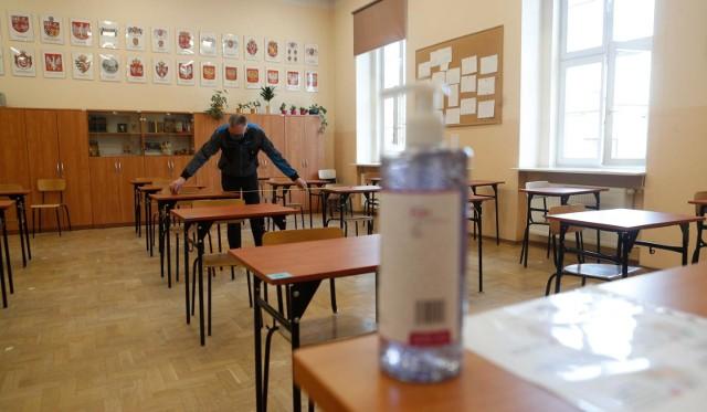 Ostatnie przygotowania do matury 2020 w I LO w Rzeszowie. Już w poniedziałek egzamin z języka polskiego.