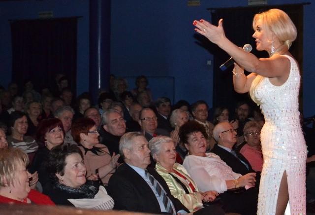 Teresa Werner szybko nawiazała kontakt z grudziądzką publicznością.