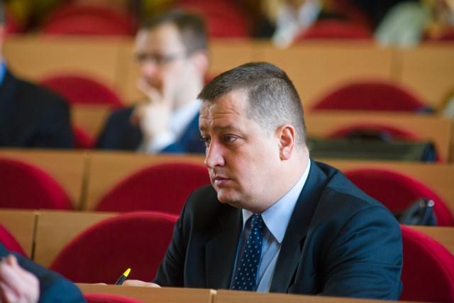 """Radny Paweł Myszkowski spędził miło i rodzinnie ferie w górach. Stanowczo twierdzi, że nie naruszył rządowych wytycznych co do """"narodowej kwarantanny""""."""