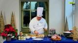 Smaki Pomorza. Odcinek 14. Currywurst w wersji świątecznej, czyli bagietka z ananasową kapustą, majonezem wegańskim, białą kiełbasą i cebulą