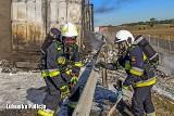 Pożar naczepy tira na S3 pod Nową Solą. Policjanci z Nowej Soli i Kożuchowa w strażackich mundurach w akcji gaśniczej!