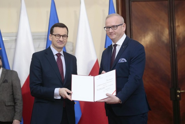 Z naszych informacji wynika, że premier Mateusz Morawiecki nie jest przychylnie nastawiony do odwołania Łukasza Mikołajczyka ze stanowiska wojewody wielkopolskiego.