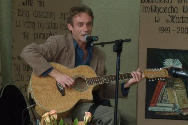 Z koncertem o godz. 17.00 wystąpi Adam Wołosz