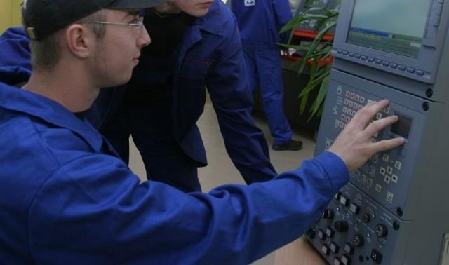 Uzbroją strefę ekonomiczną na rzeszowskim DworzyskuW strefie na Dworzysku powstanie kilkanaście nowoczesnych firm.
