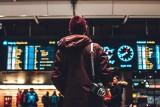 11 powodów, które powstrzymują nas przed emigracją. Co sprawia, że nie chcemy wyjeżdżać za pracą?