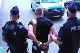 Znęcali się nad bezdomnym ze Starogardu Gdańskiego. Oszpecili go, nacinając mu uszy. Jest jeden zatrzymany
