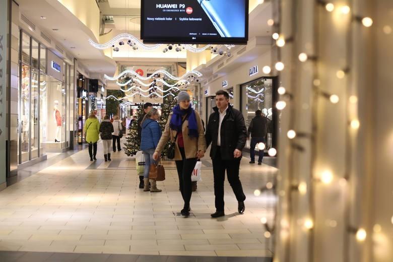 Niedziele handlowe 2018 kalendarz. W które niedziele sklepy będą zamknięte? Niedziele handlowe w sierpniu