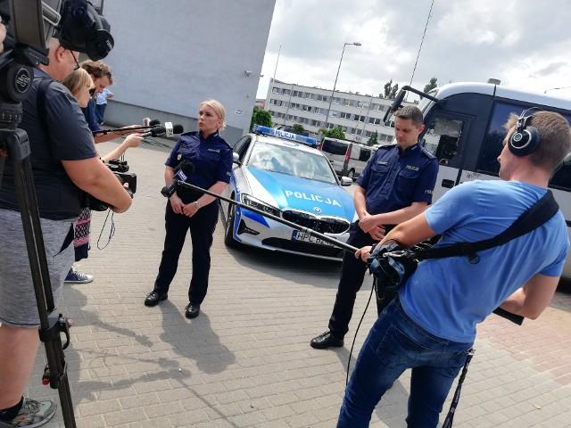 Podczas odprawy dotyczącej bezpieczeństwa na drogach podczas nadchodzących wakacji policjanci poinformowali, że w ubiegłym roku w lipcu i sierpniu w wypadkach ucierpiało ponad 200 osób.