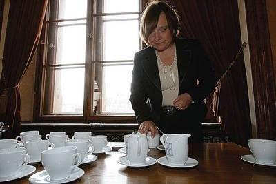 Najbardziej lubię pić kawę w Krakowie - mówiła podczas przerwy w przesłuchaniach pos. Beata Kempa Fot. Anna Kaczmarz
