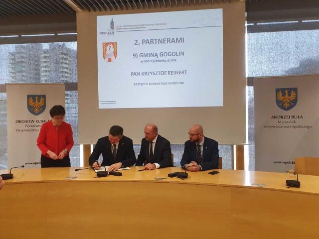 Porozumienie podpisał wiceburmistrz Krzysztof Reinert.