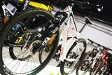 Nawet kilkanaście tysięcy zł za rower to norma. Polacy coraz częściej decydują się na zakup roweru elektrycznego [GALERIA, WIDEO] [06.02]
