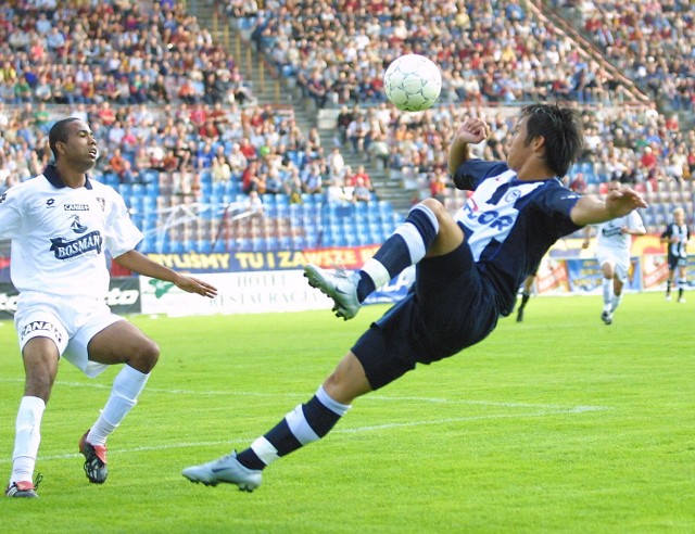 Brazylijczyk Mauro (z lewej) był wyróżniającym się piłkarzem w lipcowym sparingu z Herthą Berlin. Wczoraj - choć był to jego pierwszy mecz po kontuzji - także nie zawiódł.