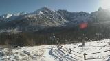 Tatry. To jeszcze nie czas, by ruszać na narty w góry. Jest za mało śniegu, a chętnych nie brakuje