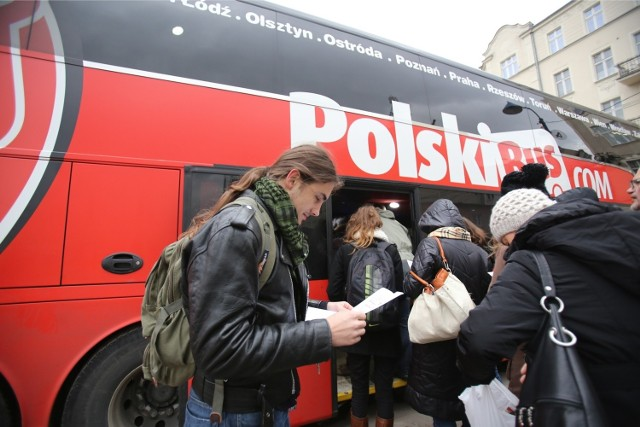 25.11.2013 katowice dworzec pks skargi autobus polski bus nz ireneusz platek fot. marzena bugala - azarko/polskapressse