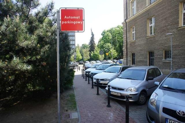 Strefa parkowania na kolejny trzech ulicach