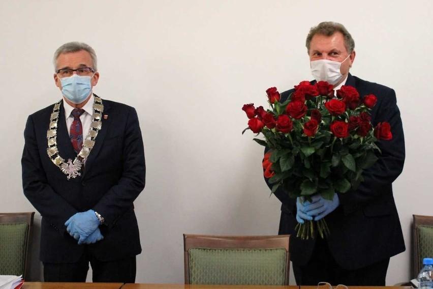 Burmistrz Joachim Wojtala obchodził w tym dniu 30 - lecie pracy w samorządzie