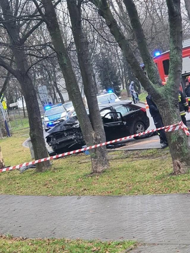 Wypadek na ul. Nagłowickiej na os. Złotego Wieku w Krakowie