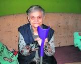 Niepełnosprawna kobieta z mieszkania nie wychodzi już od roku... W DPS wytrzymała  tylko tydzień