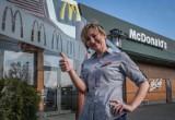Rewolucja w McDonald's. Sieć idzie na wojnę z plastikiem. Znikają plastikowe słomki, opakowania McFlurry i patyczki do baloników