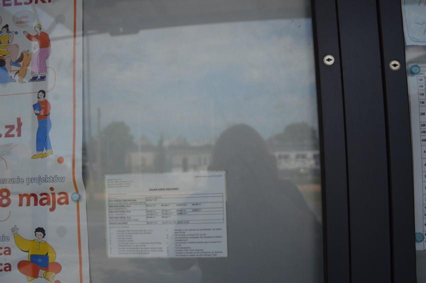 Pasażerowie w Żaganiu skarżą się na nieaktualne rozkłady...