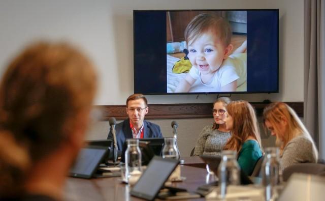 O poszukiwaniu dawcy szpiku kostnego dla małego Ludwika z Gdańska dowiedzieliśmy się podczas konferencji prasowej w magistracie 22.10.2019 r.