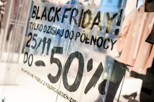 Black Friday – modne damskie kozaki taniej nawet 50 proc.