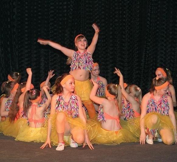 Młodsza część grupy Tanero podczas programu Magia Tańca.