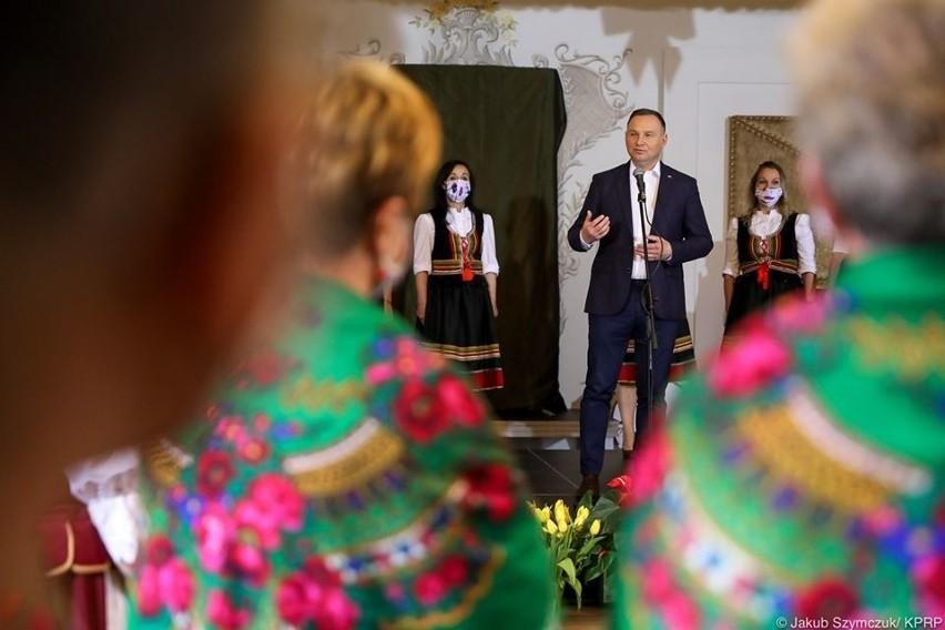 Na początku czerwca prezydent Andrzej Duda w Urszulinie spotkał się z członkiniami kół gospodyń wiejskich