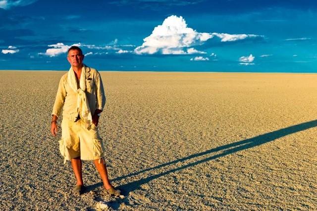 Marcin Kydryński podczas warsztatów fotograficznych na Etosha Pan, Namibia, rok 2011
