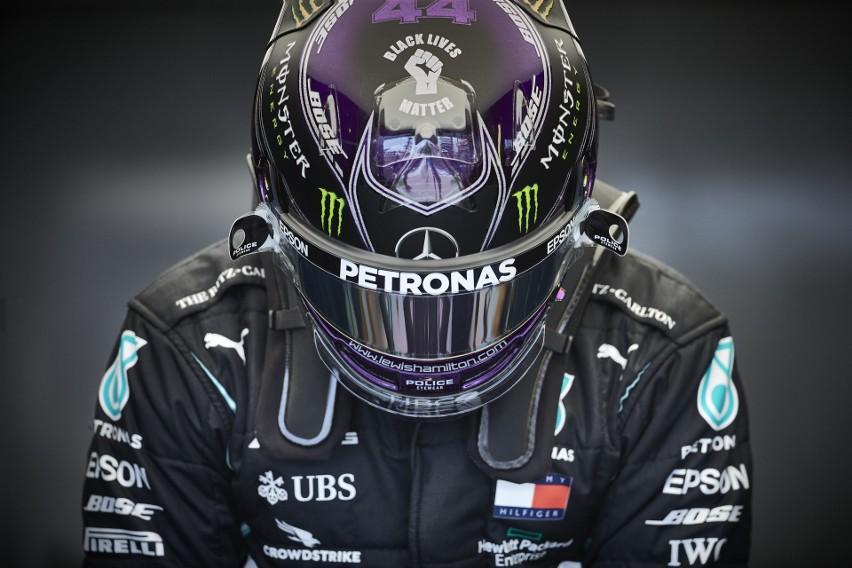 Hamilton w pogoni za Schumacherem i przeciw Rosjanom podczas Gran Prix w Soczi