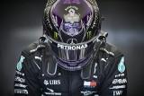 Lewis Hamilton w pogoni za Michaelem Schumacherem i przeciw Rosjanom podczas Grand Prix w Soczi