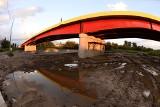 Most na osiedlu Gądki w Jaśle powstaje w piorunującym tempie. Zobaczie, jak wygląda i co tam już zrobili [ZDJĘCIA]