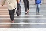 Na ul. Bohaterów Monte Cassino po zmroku doszło do potrącenia starszej kobiety