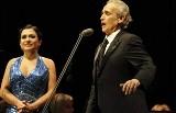 Sprawdź kto czesał Natalię Kovalovą na koncert, w którym wystąpiła obok Jose Carrerasa