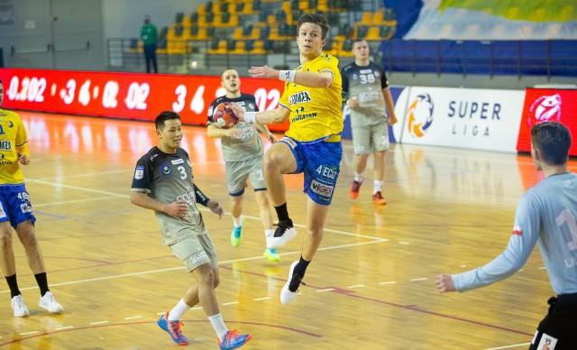 Jeśli Łomża Vive Kielce w półfinale Pucharu Polski pokona Orlen Wisłę Płock, to w finale zmierzy się z Grupą Azoty Tarnów.