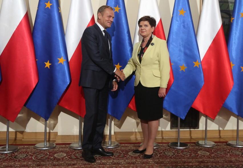 Donald Tusk spotkał się z Beatą Szydło w ramach konsultacji przed szczytem w Bratysławie [VIDEO]
