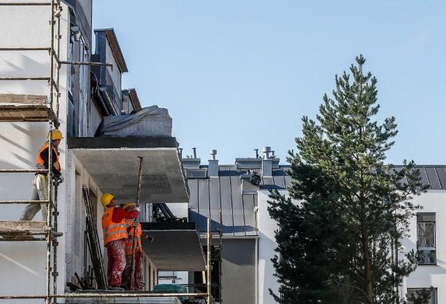 Huśtawka nastrojów, w nie mniejszym stopniu niż złe dane, ogranicza zaufanie instytucji finansowych do branży budowlanej.