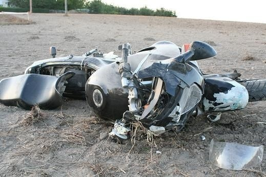 Kierujący motocyklem wraz z pasażerem trafili do szpitala w...