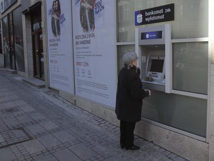 Oszczędnościowe obligacje trzymiesięczne Skarbu Państwa są...