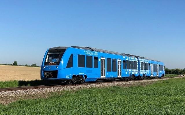 Coradia iLint, pierwszy na świecie pociąg pasażerski napędzany wodorem testowano na torze doświadczalnym Instytutu Kolejnictwa pod Żmigrodem.